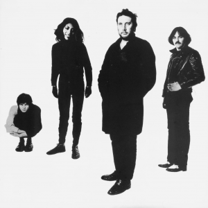 Stranglers : walk on by