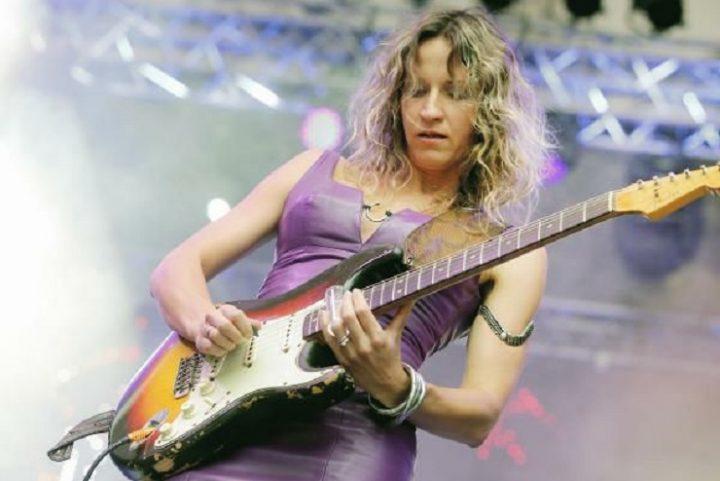 Ana popovic guitar
