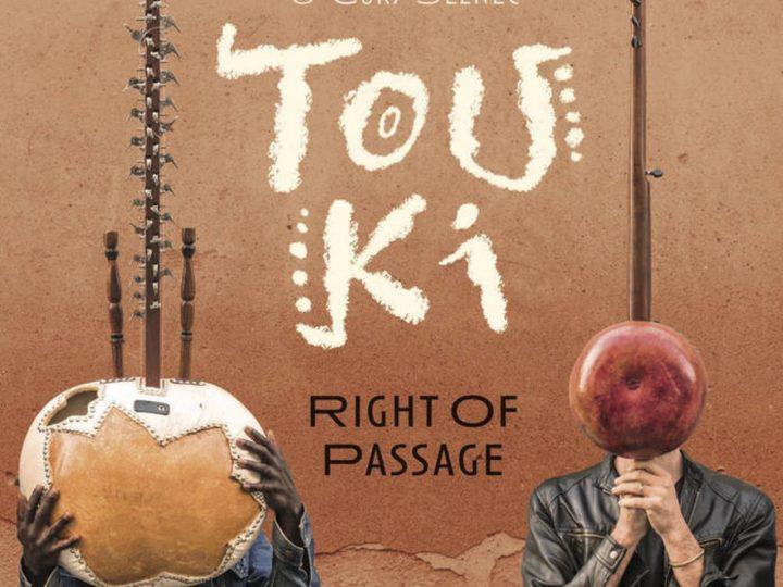 Pohette de l'album Right of Passage