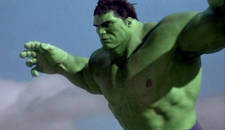 Hulk Ang Lee saute et voll